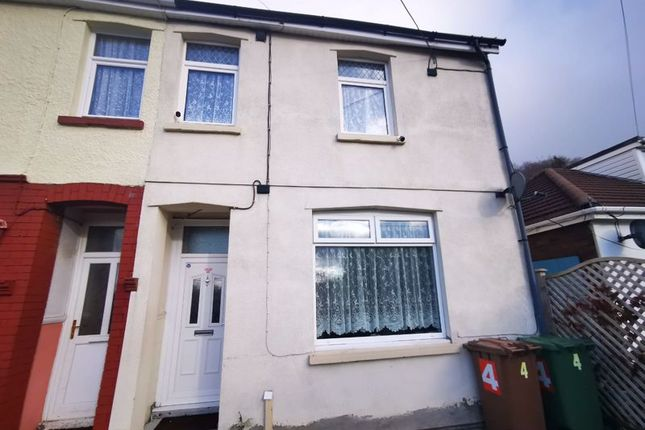Thumbnail Property to rent in Energlyn Crescent, Caerphilly