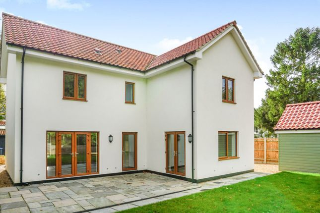 4 bedroom detached house for sale in Chediston, Halesworth