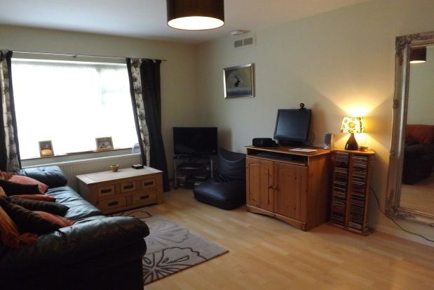 Thumbnail Flat to rent in St. Pancras Gardens, Lewes