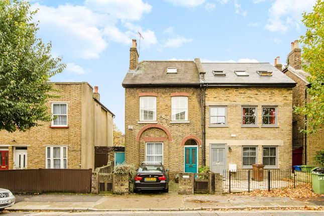 Thumbnail Property to rent in Warner Road, Denmark Hill