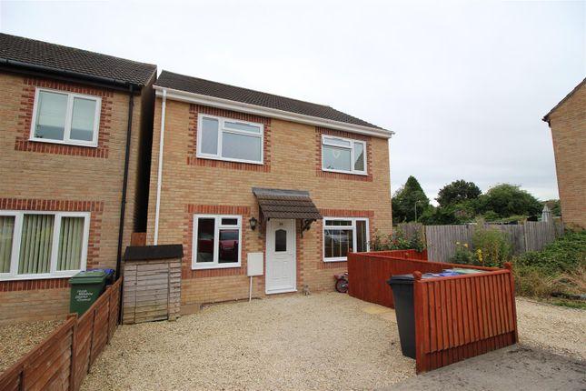 Thumbnail Detached house for sale in Legate Close, Pewsham, Chippenham