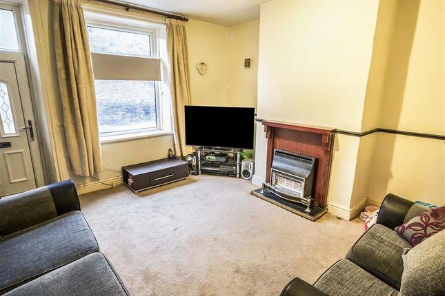 Thumbnail Property to rent in Scar Lane, Milnsbridge, Huddersfield