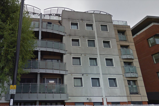 Thumbnail Flat for sale in Cygnus Court, 850 London Road, Purley