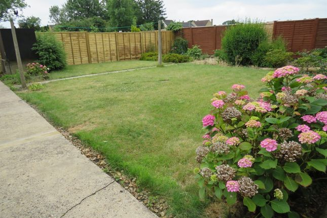 Thumbnail Detached bungalow for sale in Godsey Lane, Market Deeping, Peterborough