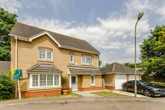 Thumbnail Property for sale in Oxford Avenue, Southgate
