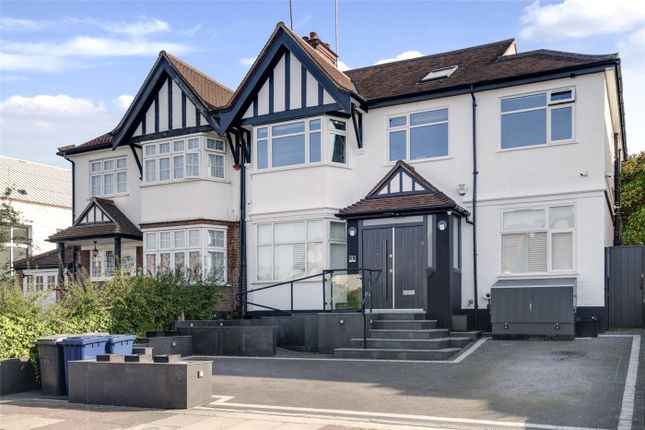 4 bed flat for sale in Monkville Avenue, London NW11