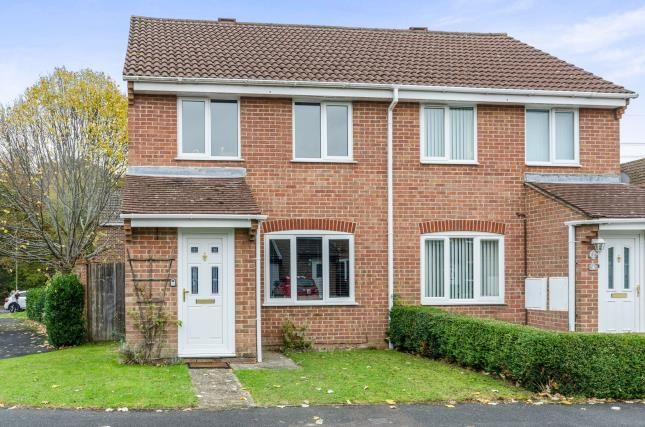 Thumbnail Semi-detached house for sale in The Hurdles, Fareham