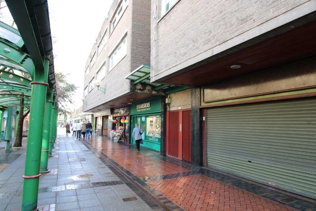 Thumbnail Flat to rent in La Porte Precinct, Grangemouth