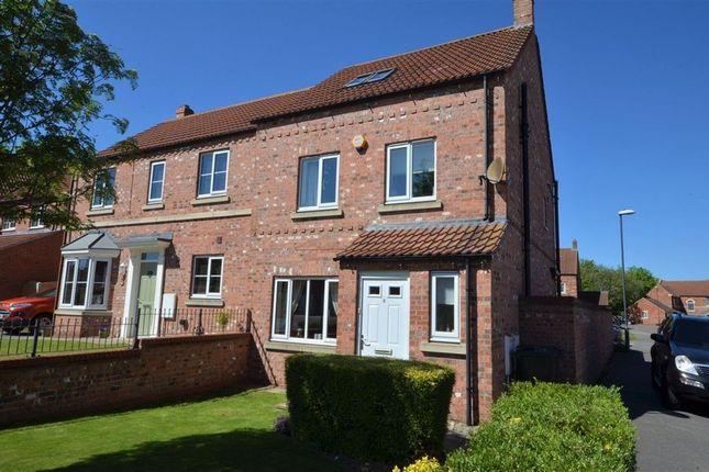 4 bed semi-detached house to rent in Moorland Way, Sherburn In Elmet LS25