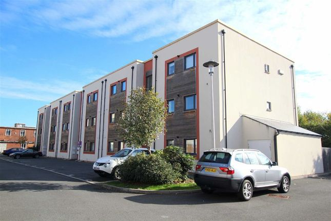 2 bed flat for sale in Newfoundland Way, Portishead, North Somerset