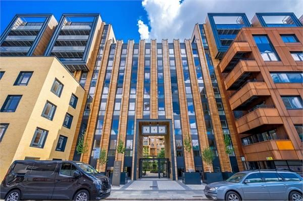 Thumbnail Flat for sale in City Wharf, The Cooper Building, 36 Wharf Road, London