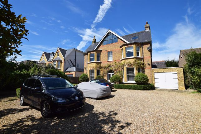 Thumbnail Detached house to rent in St. James's Road, Hampton Hill, Hampton