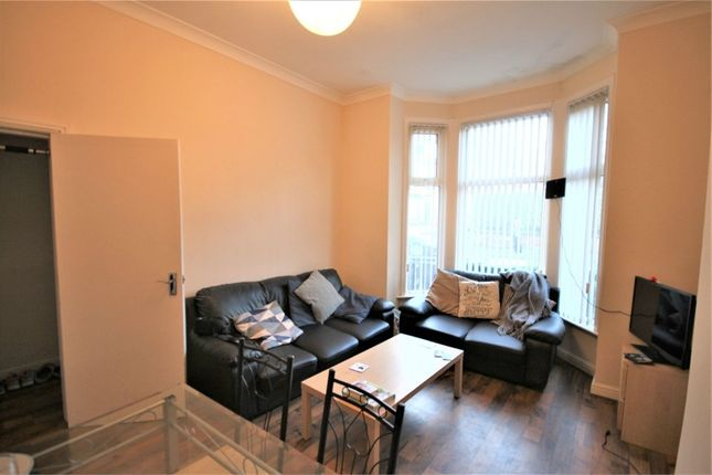 Thumbnail Terraced house to rent in Cardigan Road, Hyde Park, Leeds, West Yorkshire