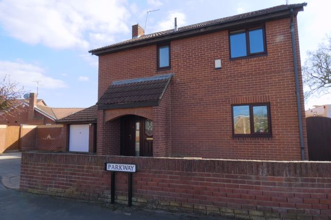 Thumbnail Detached house for sale in Parkway, Armthorpe, Doncaster