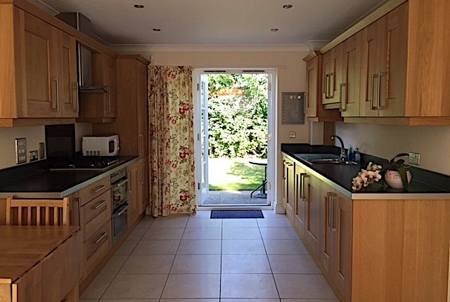 Thumbnail Flat to rent in High Street, Marden