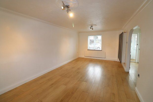 4 bed property to rent in Bardfield Way, Rayleigh SS6