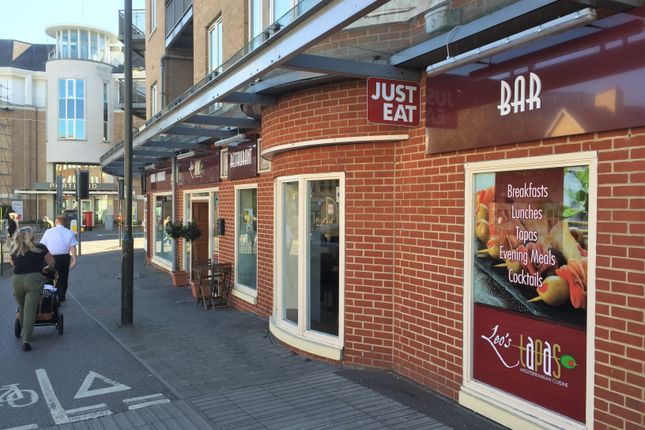 Thumbnail Restaurant/cafe to let in High Street, Crawley