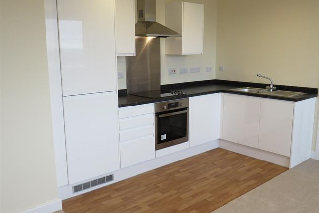 2 bed flat to rent in Gower Street, Derby