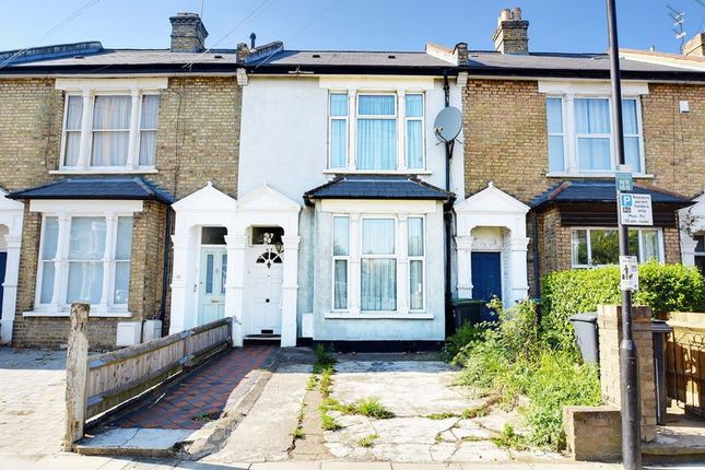 Thumbnail Terraced house for sale in Whittington Road, Bowes Park