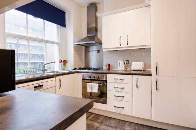 3 bed flat to rent in Lisson Street, London NW1