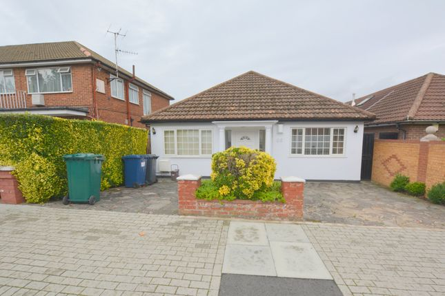 Thumbnail Detached bungalow to rent in Sevington Road, Hendon, London