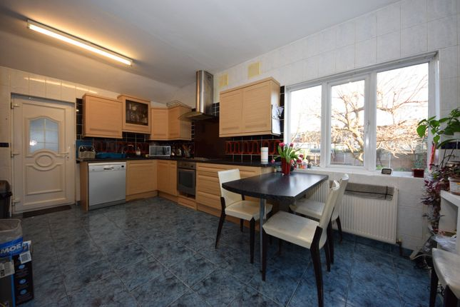 Thumbnail Semi-detached house to rent in Vaughan Gardens, Ilford