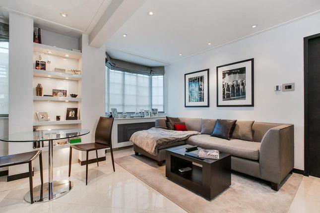 Thumbnail Flat for sale in Chelsea Cloisters, Sloane Avenue