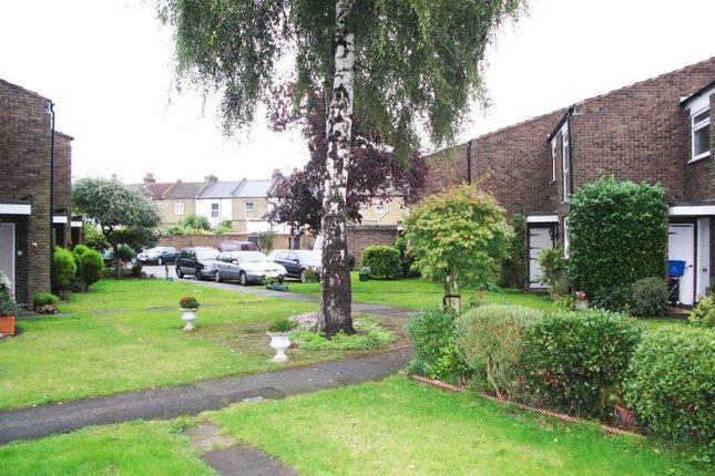 Thumbnail Property to rent in Allbrook Close, Teddington