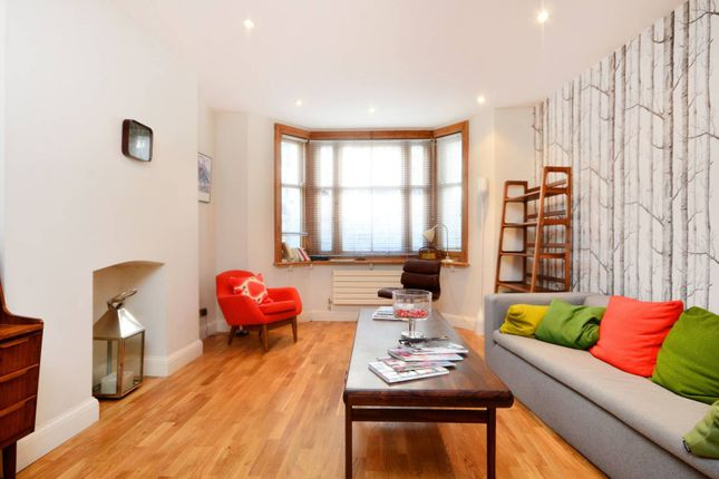 Thumbnail Flat to rent in Dukes Road, Bloomsbury