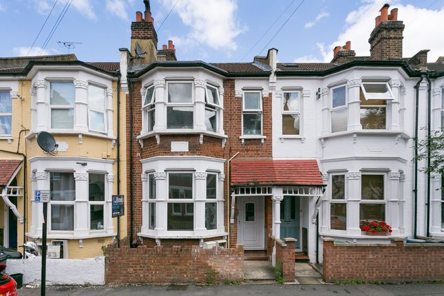 Thumbnail Flat to rent in Ulverstone Road, London