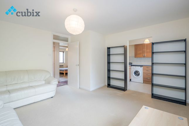 Thumbnail Flat for sale in Granville Square, Peckham