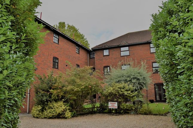 2 bed maisonette for sale in Uppingham Road, Leicester