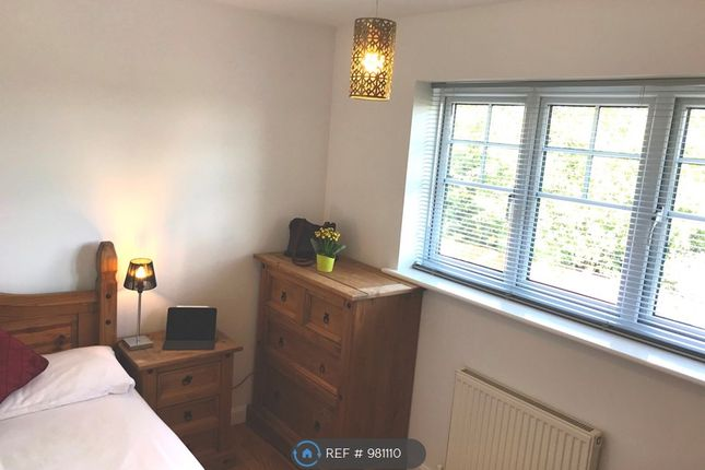 Double Room B of Grassholme Way, Eaglescliffe, Stockton-On-Tees TS16
