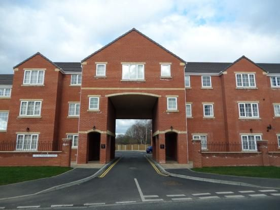 2 bed flat to rent in Olympia Court, Scawthorpe, Doncaster DN5