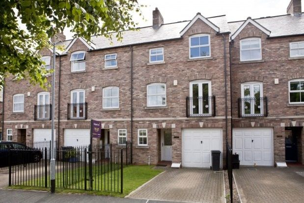 Thumbnail Town house to rent in North Grange Court, York