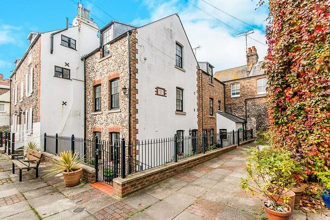 Thumbnail Property to rent in Union Square, Broadstairs