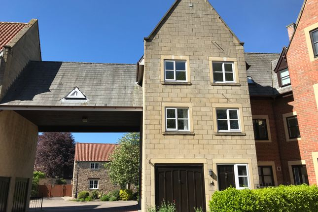 Thumbnail Town house to rent in Carlton Mews, Wells