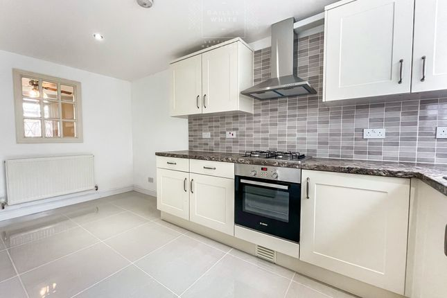 3 bed terraced house to rent in Southwark Path, Basildon SS14