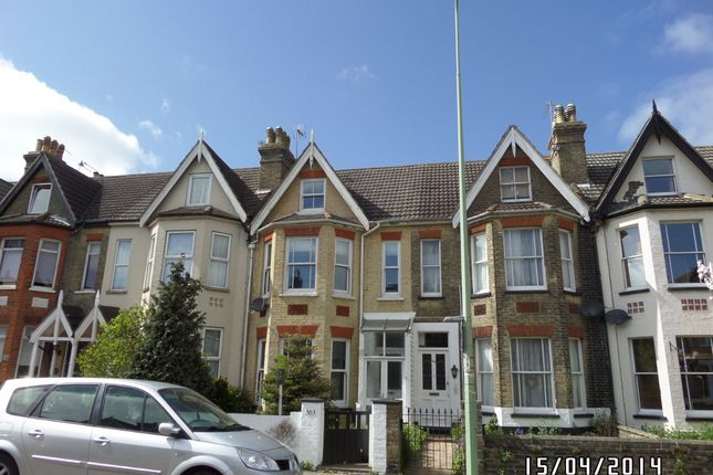 Thumbnail Terraced house to rent in London Road South, Lowestoft