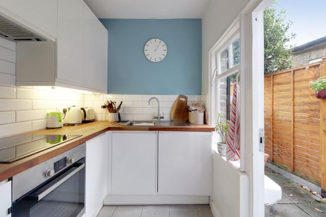 Kitchen of Park Road, London N2