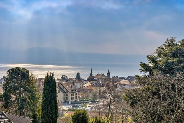 Thumbnail Property for sale in Pully, Vaud, Switzerland