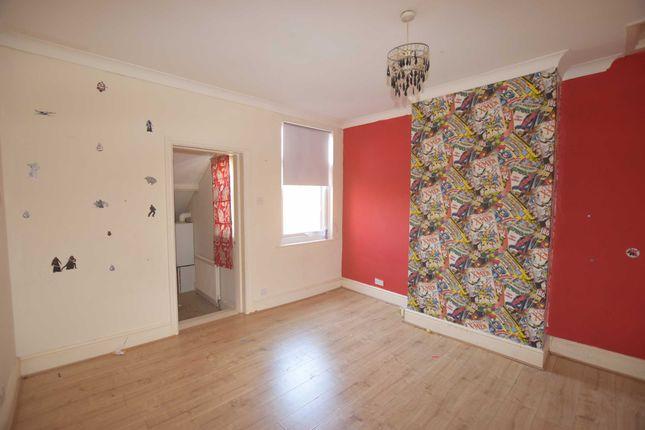 Bedroom One of Drake Street, Gainsborough DN21