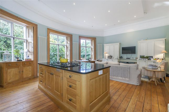 Thumbnail Flat for sale in Heathfield House, Eliot Place, London