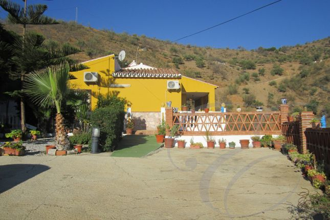3 bed country house for sale in Benagalbon, Axarquia, Andalusia, Spain