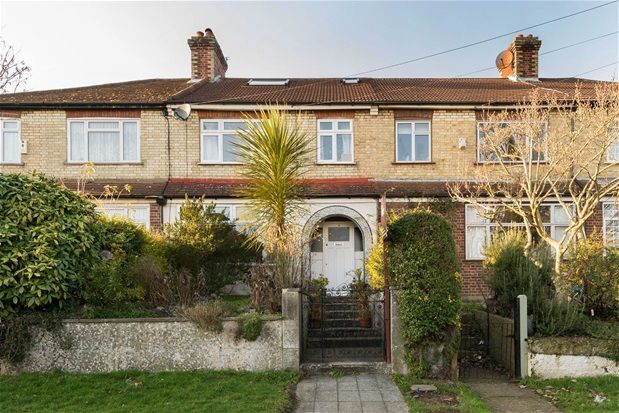 4 bed terraced house for sale in Charlecote Grove, London