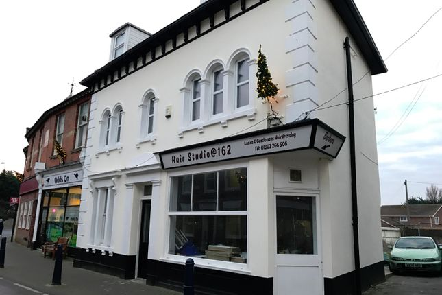 Thumbnail Flat to rent in High Street, Hythe