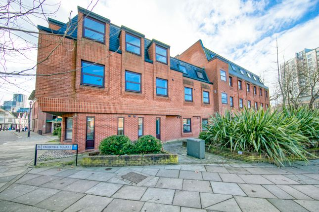 1 bed flat to rent in Cromwell Square, Ipswich IP1
