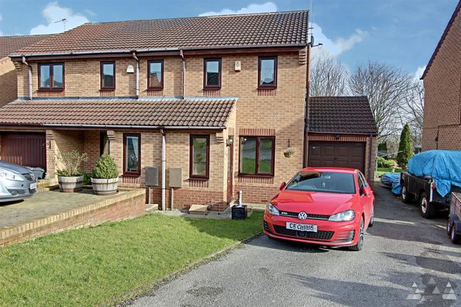 Thumbnail Detached house to rent in Meadowside Close, Wingerworth, Chesterfield, Derbyshire