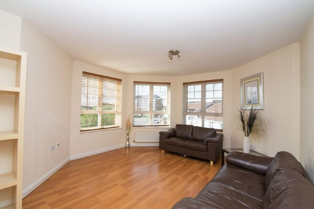 Thumbnail Flat to rent in Malcolms Meadow, Kirkcaldy