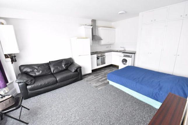 Property to rent in Ashburnham Road, Luton LU1
